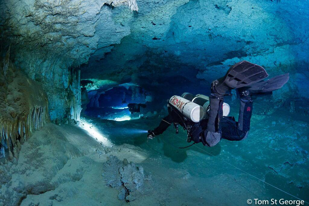 mayan blue cenote cave divers