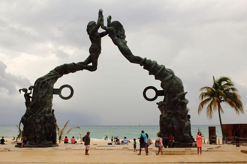 Parque Fundadores Beach