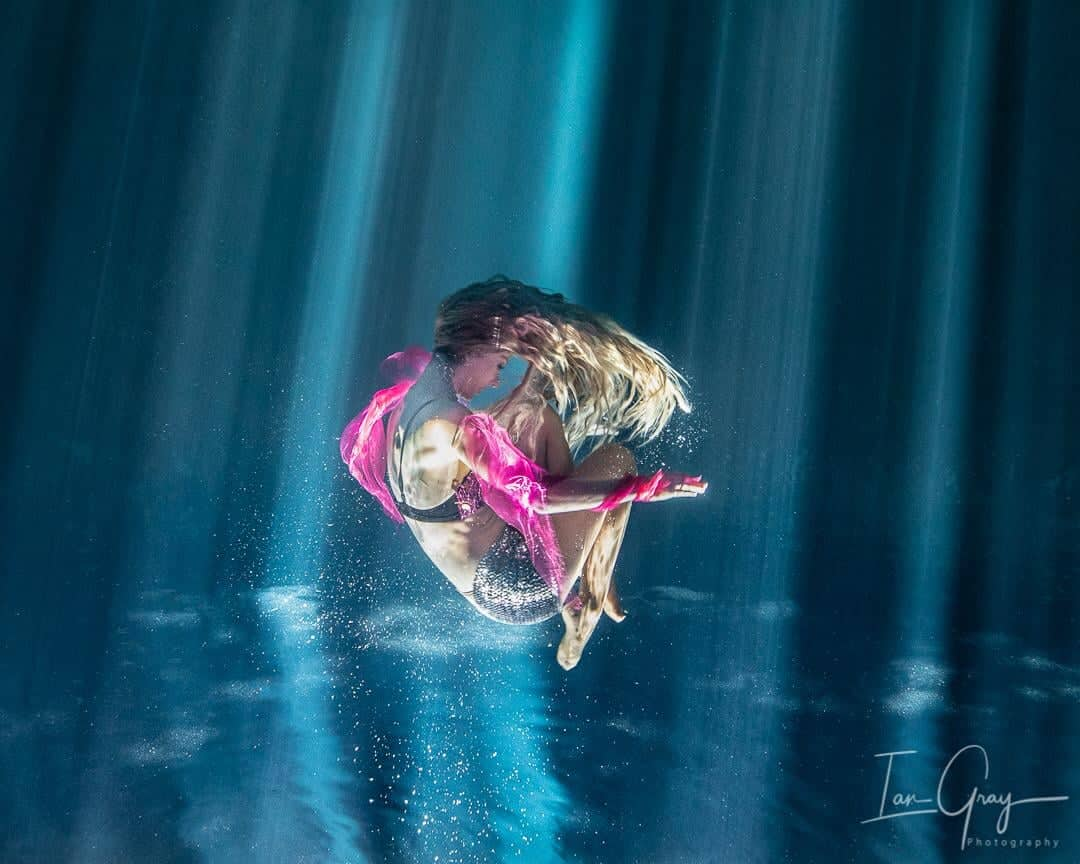 underwater private photoshoot at a cenote