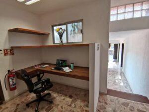 xook life boutique hostal work station